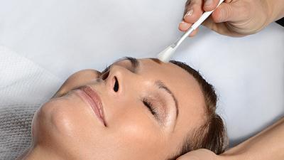 Ansiktsbehandling – 60 minuter